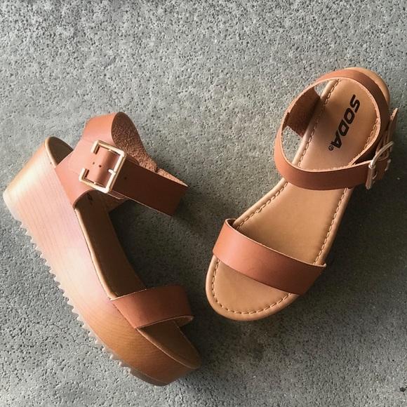 22cbd27cf Soda Ayla Tan Flat-form Platform Sandals
